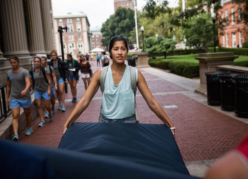 454693112-emma-sulkowicz-a-senior-visual-arts-student-at-columbia-jpg-crop-promo-xlarge2